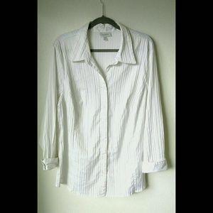 Dressbarn 3x White Pleated Button Down Shirt